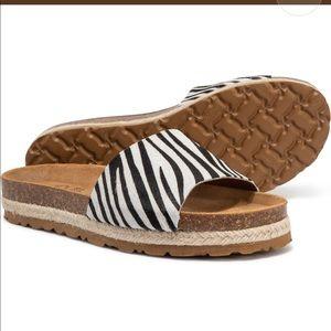 yokono Shoes - New w/box, Yokono, zebra pattern, calf hair slides